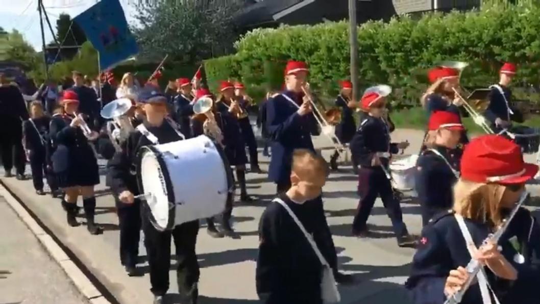 SOFIEMYR: Her spiller Sofiemyr skolekorps på 17. mai.