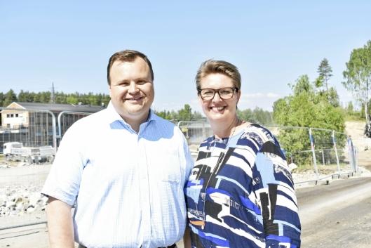SKAL SE PÅ SVØMMEKAPASITET I SINE KOMMUNER: Ordførerne i Oppegård og Ski, Thomas Sjøvold (H) og Hanne Opdan (Ap).