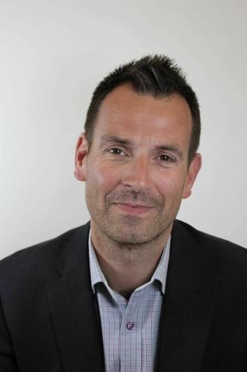 INITIATIVTAKER: Tom Meier (46) fra Sofiemyr er initiativtaker og primus motor bak tribuneprosjektet.