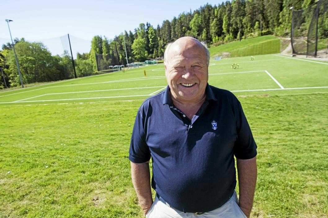 FORNØYD: Eier og daglig leder ved Gjersjøen Golfklubb, Kjell Arne Brattlie, håper banen blir mye brukt til høsten.