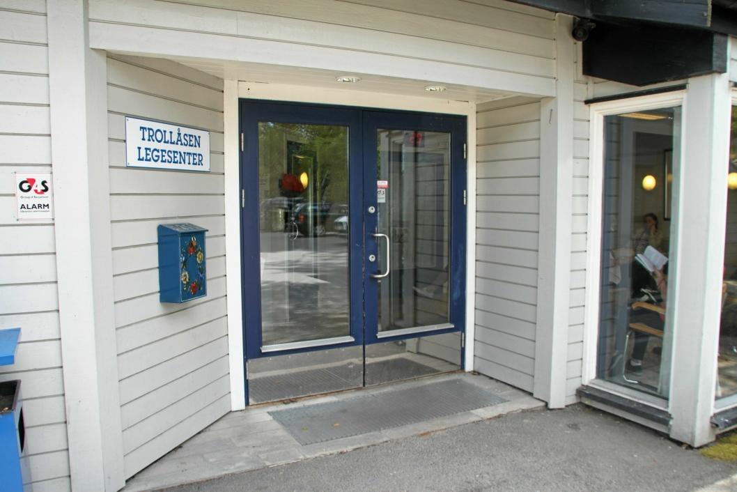 TROLLÅSEN LEGESENTER: Trollåsen legesenter har fem fastleger, en vikarlege og syv sekretærer per i dag.