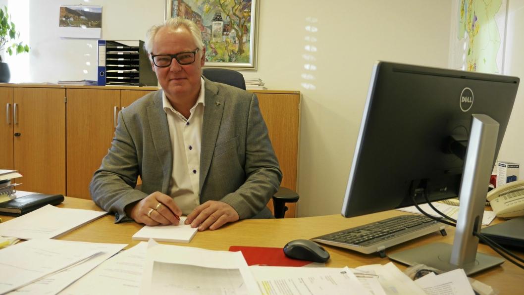 KOM MED FLERE FORSLAG: Rådmann Lars Henrik Bøhler.