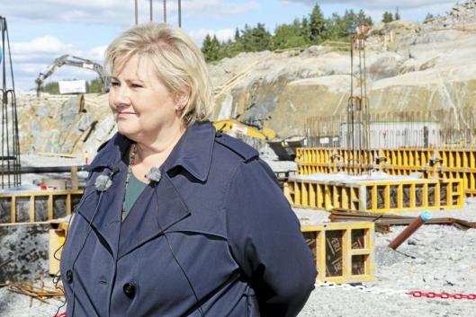 PÅ TARALDRUD: Tirsdag forrige uke la statsminister Erna Solberg ned grunnsteinen til beredskapssenteret.