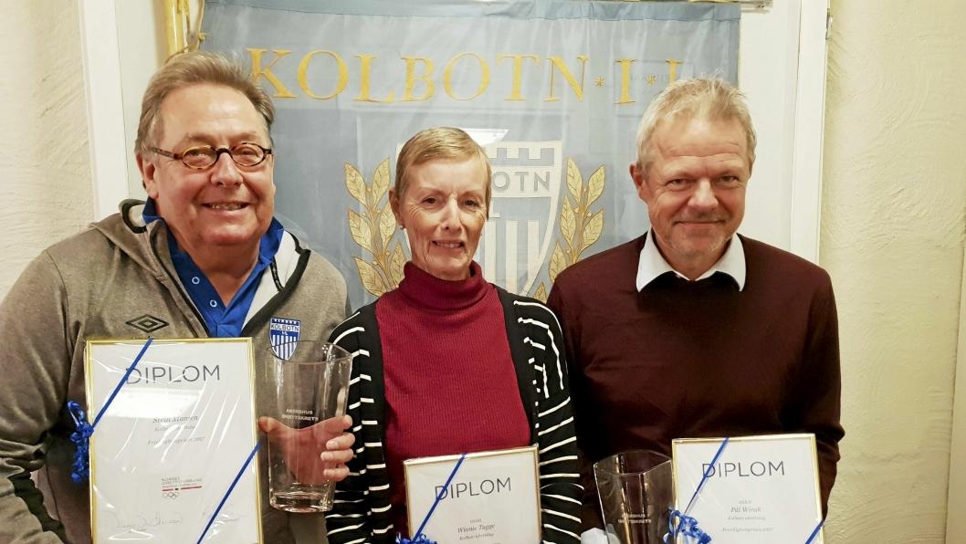 BLE SATT PRIS PÅ: Winnie Tagge, Stein Mamen og Pål Wirak (til høyre) fikk denne uken frivillighetsprisen i Akershus idrettskrets. Også Hege Jørgensen fikk æren, men var ikke til stede under utdelingen.