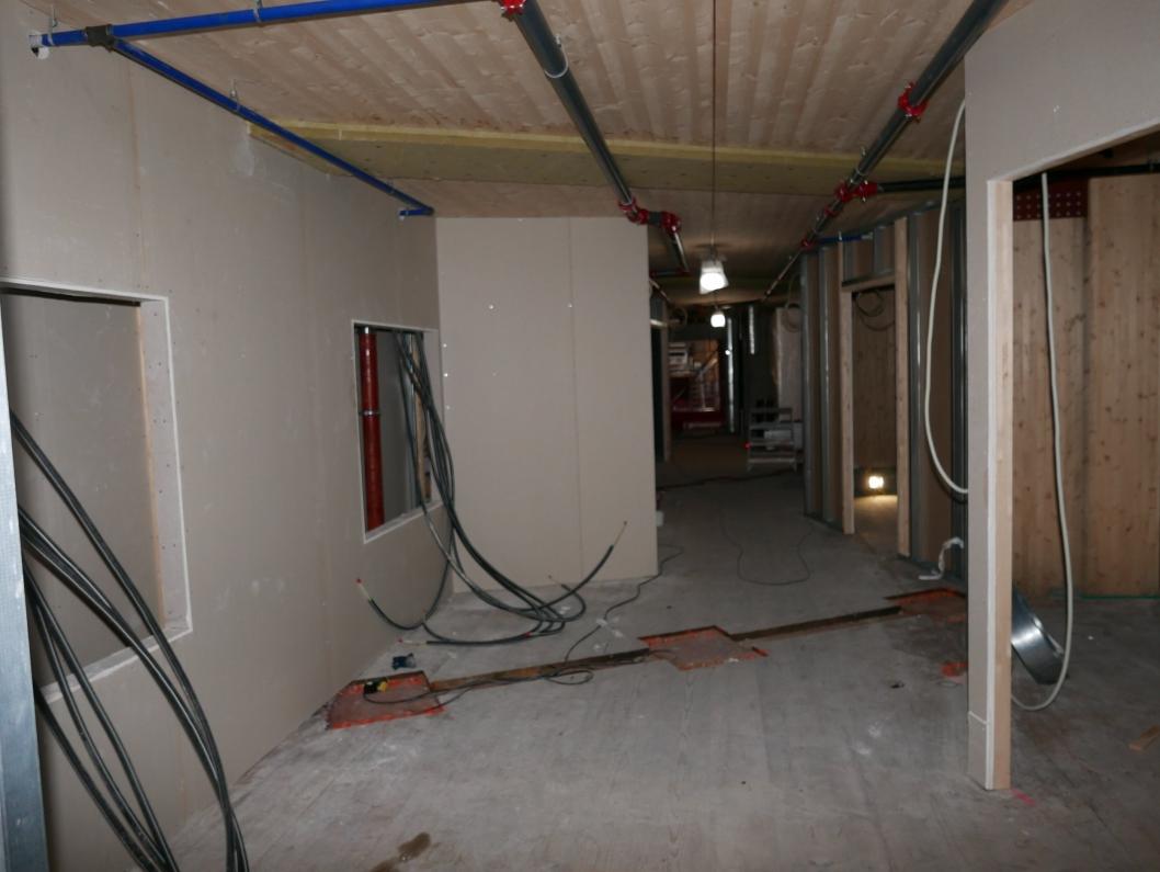 GANG: Slik blir gangen utformet i tredje etasje i den nordre delen av bygget.