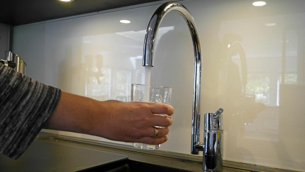 ØKER MED 2 606 KRONER: Vanngebyret kan bli økt fra dagens 6 026 kroner til 8 632 kroner fra neste år.