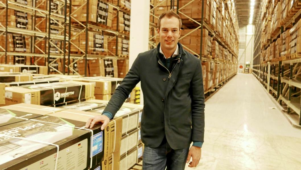 DEN STØRSTE LEIETAKEREN: Andreas Hoel Nikolic (34) er administrerende direktør i Ntex. Selskapet flyttet inn i Fløisbonnveien 2-4 i fjor høst og leier lager på 1200 kvm tiltrampoliner, spabad, fiskenæring og treningsutstyr.
