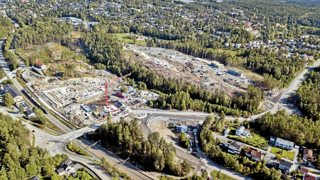 ÅSTEDET: Det ble meldt inn om innbrudd fra byggeplassen i Skiveien 123. Foto: Espen Braata