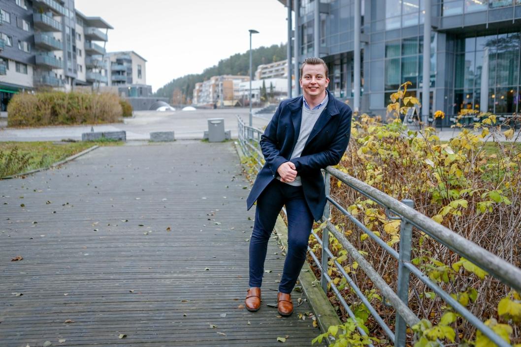 Thomas Sørlie er født, oppvokst og bosatt i kommunen, og mener lokalkunnskapen gir et stort fortrinn.