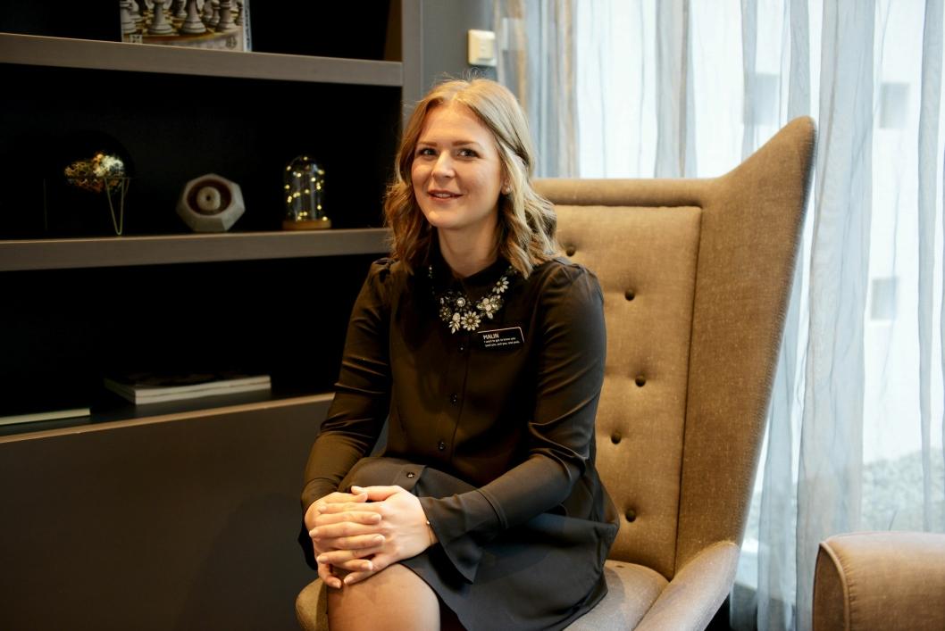 BRENNER FOR MENNESKER: Hotelldirektør Malin Petterson (30) på Quality Hotel Mastemyr, ønsker et tettere samarbeid med Nav.