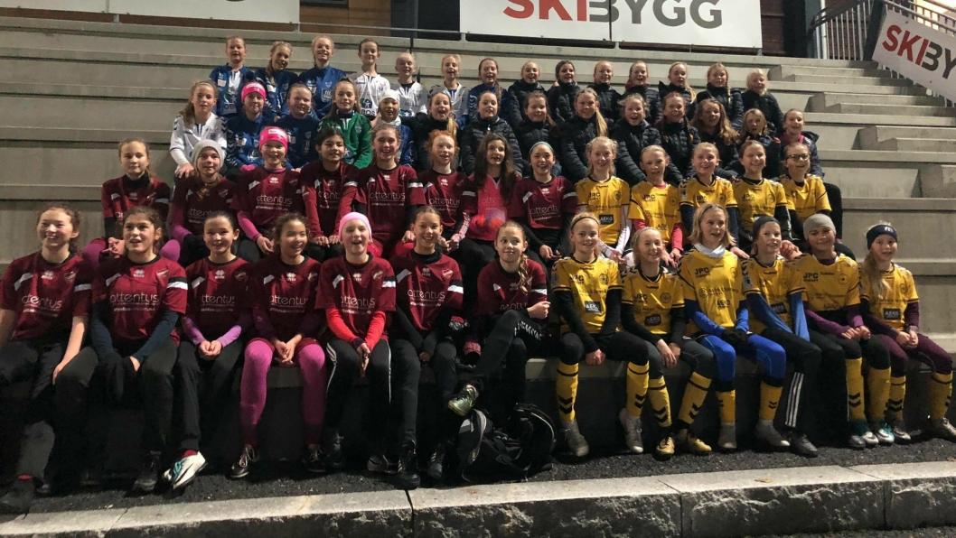 NORDRE FOLLO-FOTBALL: Oppegård, Kolbotn, Ski og Langhus sine 06-jenter er på vei mot en ny kommune gjennom Nordre Follo Vinterserie.