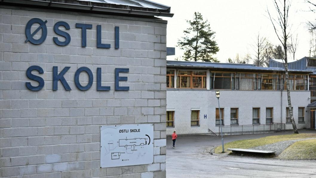 SØKER SEG TIL FLÅTESTAD: De fleste elevene ved Østli skole velger å søke seg til Flåtestad skole ved overgang til ungdomsskole til tross for at de sogner til Fløysbonn skole, men skolekapasiteten på Flåtestad er begrenset. Dette skoleåret har Flåtestad skole fått 51 gjesteelever på 8. trinn og rundt 120 gjesteelever totalt.