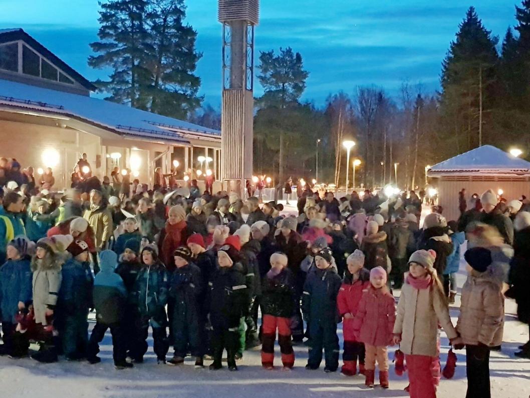 VIKTIG: Markeringen i januar ble arrangert for andre gang og er en viktig tradisjon for skolen i skogen.