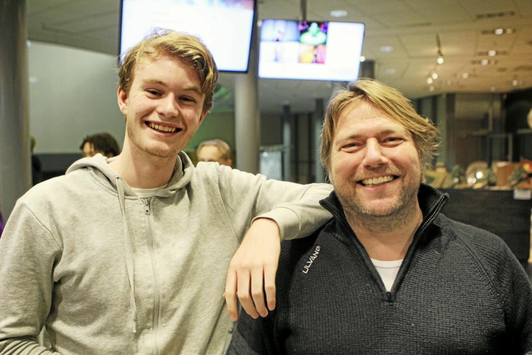 ILDSJELER: Christian Lund (t.h.) er til daglig leder for Vassbonn fritidssenter, og er sterkt engasjert i Techlan sammen med blant andre Axel Mæhlum Farner.