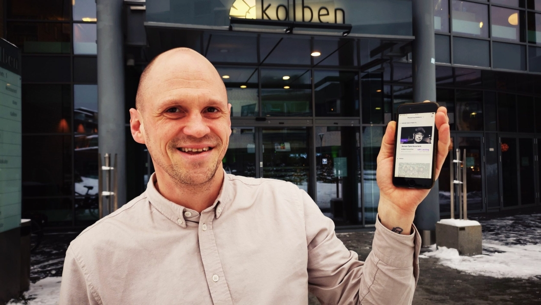 NYTT TILBUD: Kulturhuskonsulent Tore Gjedrem i Kolben testet den nye appen torsdag denne uken.