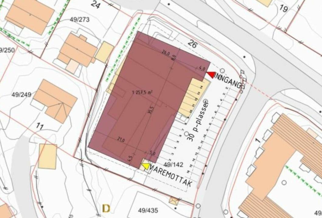DETTE ER PLANEN: Byggets «avtrykk» er oppgitt til 1257 kvadratmeter. Det kommer ikke frem hvor mange etasjer som er planlagt. Inngangen til det nye næringsbygget er planlagt nærmest krysset i Sønsterudveien-Holbergs vei, mens varemottaket er tegnet inn i sørenden av bygget, der den tidligere inngangen til Rimi-butikken var.