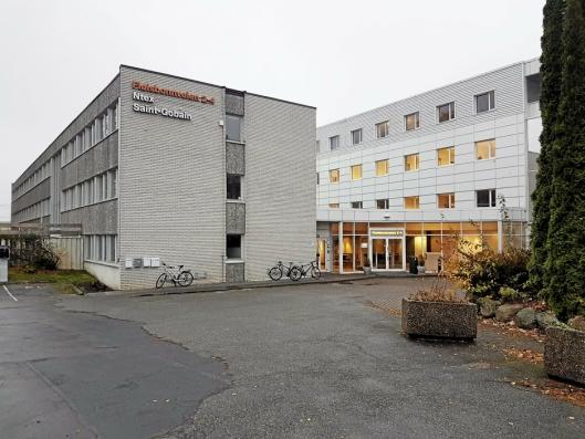 FLYTTET TIL SOFIEMYR: Oppegård kvalifiseringssenter (OKS) flyttet til Fløisbonnveien 2-4 i fjor høst og er en av flere leietakere i det tidligere Jernia-bygget, som eies nå av Solon Eiendom.