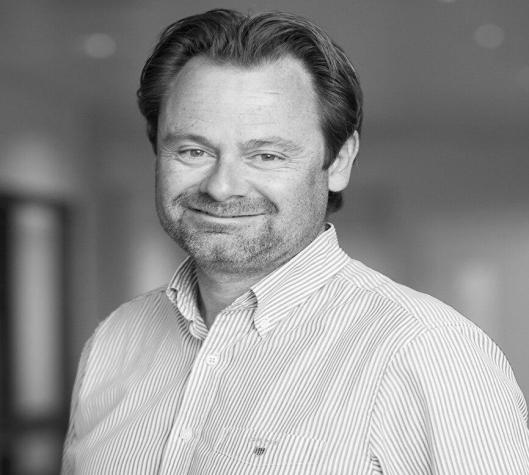 GLEDER SEG: Gard Olsen, leder i bordtennisgruppa ser frem til NM som starter på torsdag.