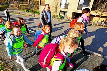 Se bildene fra åpningen av skolen i Solkollen
