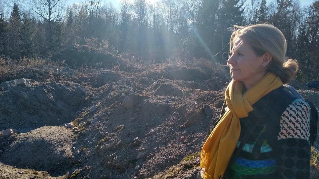 MASSELAGRING I TVERRVEIEN: Ingrid Marie Nissen og Naturvernforbundet står bak underskriftskampanjen.