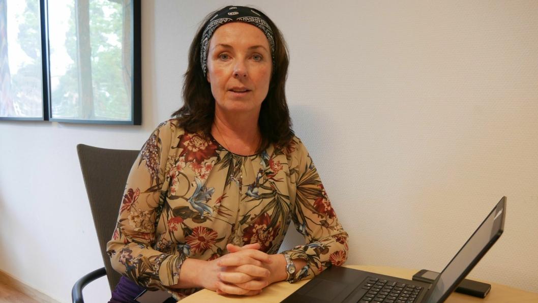 KOMMER MED TILSVAR: – Vi har gjennomført de tiltakene som er anbefalt utført for å holde soppforekomstene på et akseptabelt nivå, sier Ellen Wibe, kommunalsjef eiendom og bydrift i Oppegård kommune.
