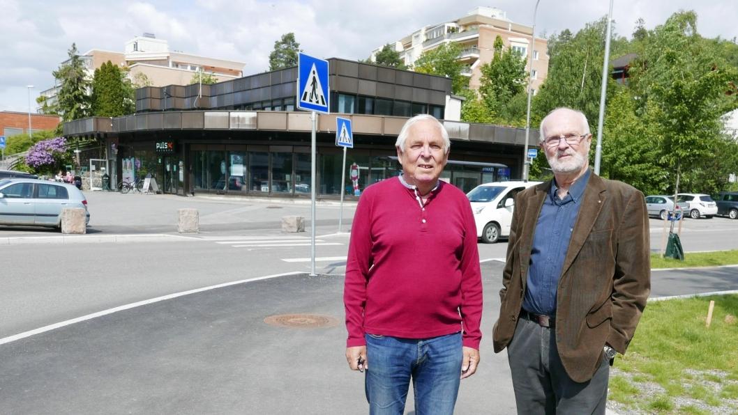SENDT KLAGE: Arne Vassbotn (styreleder for Kolbotn Terrasse 11) og Bjørn Dufseth (talsperson for sameiene i Kolbotn Terrasse).