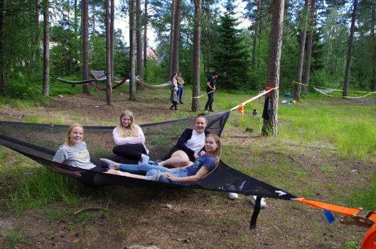 FEST I SKOGEN: Hengekøyefesten som ble arrangert i juni var en flott markering for skogen.