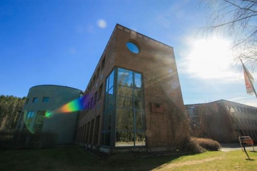 NABO I VEST: Lienga 6-8 har 1369 kvadratmeter til leie (storkjøkken og kontorer).