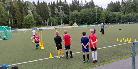 FOTBALL-MORO: Det har vært en svært vellykket fotballskole på Østre Grevrud denne uken.