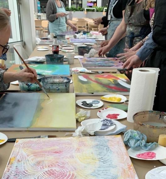 FØLG MED VIDERE: Det skal arrangeres flere kurs og aktiviteter for store og små i lokalene til kunstKALL på Rosenholm Campus.