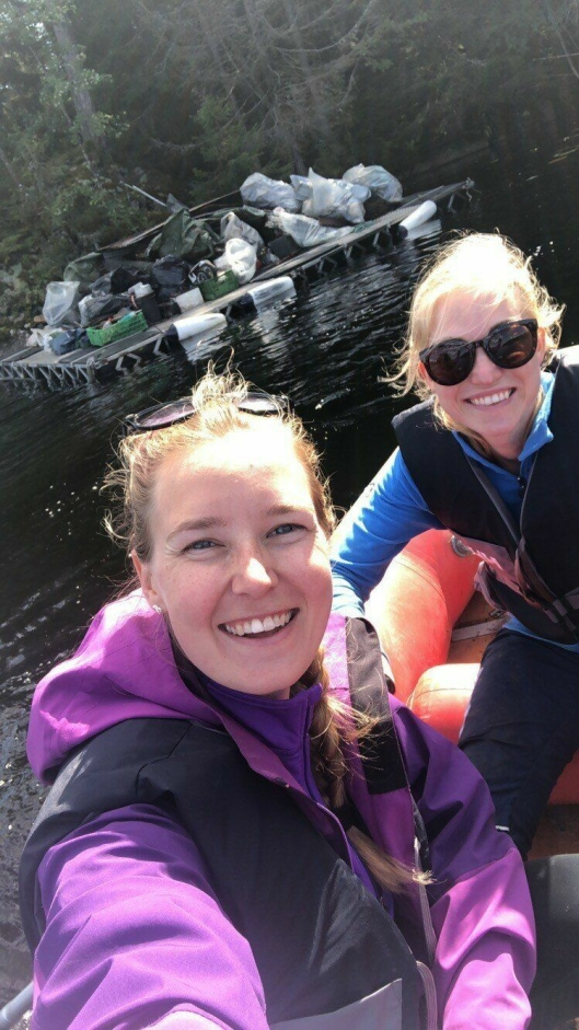 LOKALE MILJØAGENTER: Victoria Berggrund (26) og Mia Løvland (26) fra Greverud.