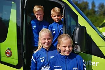 Nå kan barna kjøre idrettsbussen til trening