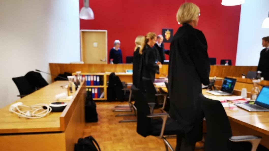 STARTET I DAG: Rettssaken der en familiefar fra Greverud er tiltalt for drapsforsøk, startet i Follo Tingrett i dag.