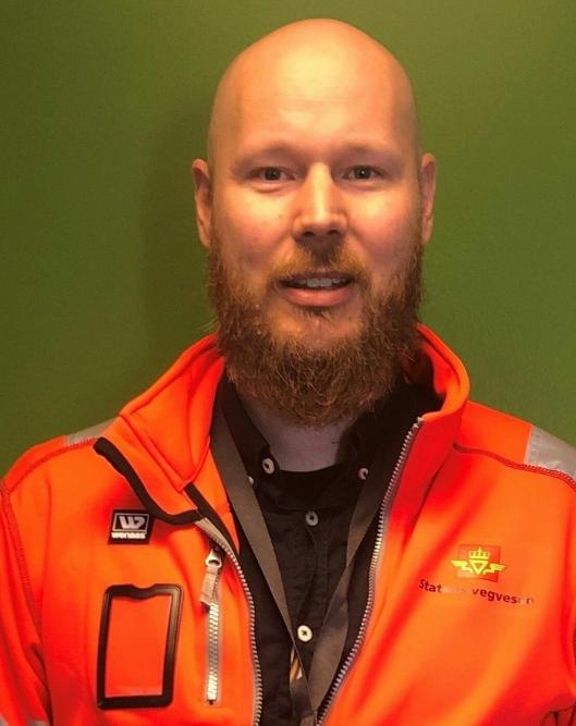 ADVARER MOT FARLIGE SVINGER: Senioringeniør Espen Haugvik i Statens vegvesen (SVV), Region øst.