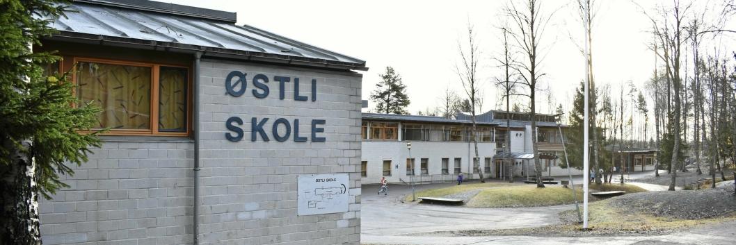 MODERATE SOPPFUNN PÅ SKOLEN: Østli skole er en barneskole med 350 elever og 43 ansatte. Skolen ligger på Myrvoll.