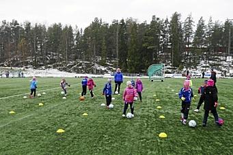– En så stor klubb som Kolbotn bør absolutt ha en vinteråpen bane