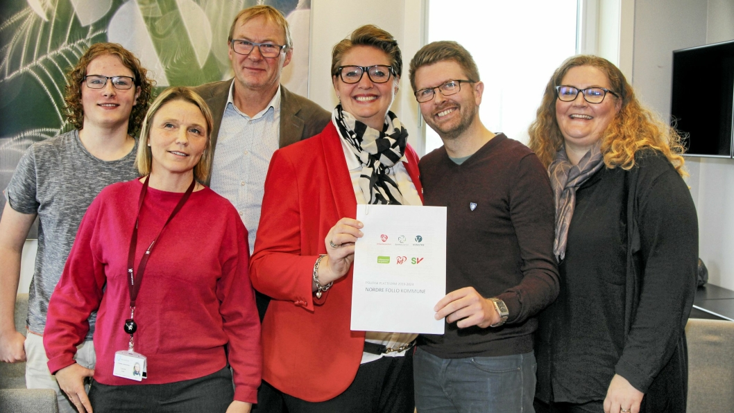 FLERTALLET I NORDRE FOLLO: Tor Anders Østby (Sp), Simen Bondevik (KrF), Camilla Hille (V), Hanne Opdan (Ap), Hans Martin Enger (MDG) og Elin Skifjell (SV).