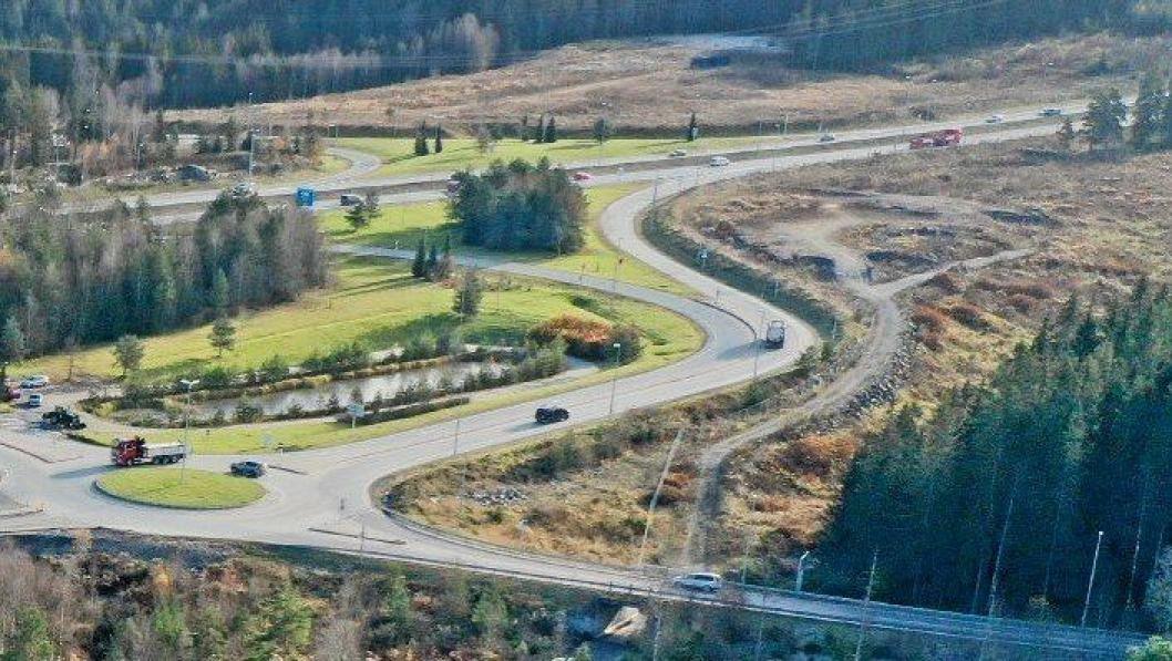 52.000 KUBIKKMETER: Ifølge Norges Geotekniske Institutt (NGI), som gjennomførte undersøkelsene på stedet, kan samlet volum av svartskifermassene på Taraldrud anslås til omtrent 52.000 kubikkmeter.