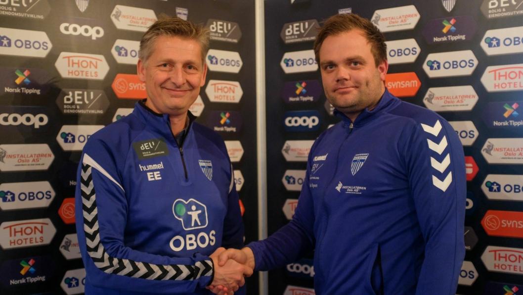 NY TRENER: Einar Engerdal er glad for å ha den nye treneren Aleksander Olsen (t.h.) på plass.