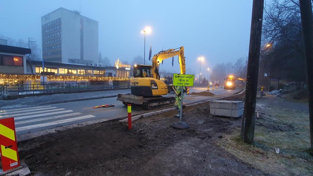 KONTRAKT FREM TIL SEPTEMBER 2022: Sønsterudveien og de andre fylkes- og riksveiene i Oppegård blir frem til september 2022 driftet av Vaktmesterkompaniet AS på oppdrag fra SVV (Viken fra 1. januar 2020).