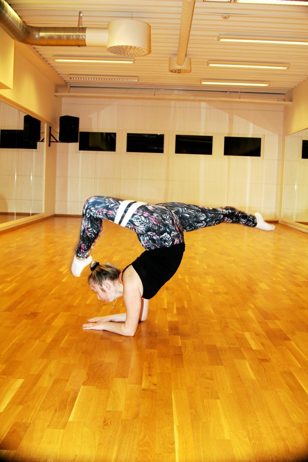 VANSKELIGE MOMENTER: Det er slett ikke alle som klarer det samme som det Emilie Bekken gjør på dansegulvet. Tidligere i høst ble hun Årets Danser.
