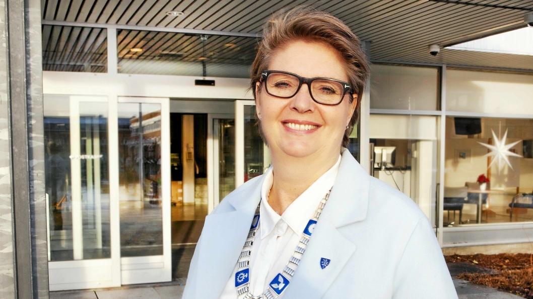 LOVER GRATIS TRYGGHETSALARM TIL DE MED DÅRLIGST ØKONOMI: – Det er ingen som skal miste trygghetsalarmen på grunn av økonomi, sier Hanne Opdan, ordfører i Nordre Follo.