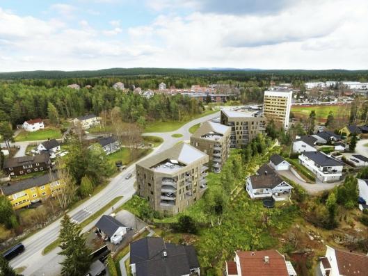 SØNSTERUDVEIEN 30: For tre år siden skrev vi om at Solon Eiendom hadde planer om å bygge ut bensinstasjonstomten med 48 leiligheter, fordelt på tre bygg.