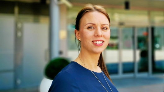 GLEDER SEG: Senterleder Marianne Thoresen Larsen gleder seg til åpningen.