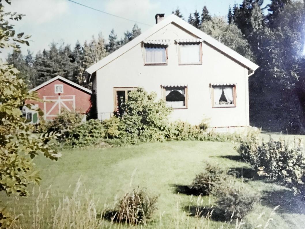 FØR: Slik så huset i Kongeveien 155 ut tidligere. Dette ble bygget i 1959 av Erling Tjernæs.