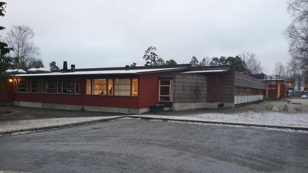 55 ÅR GAMMEL: Flere og flere foresatte til elever ved Sofiemyr skole har kokntaktet Oppegård Avis for å fortelle om situasjonen med inneklima på den 55 år gamle skolen.