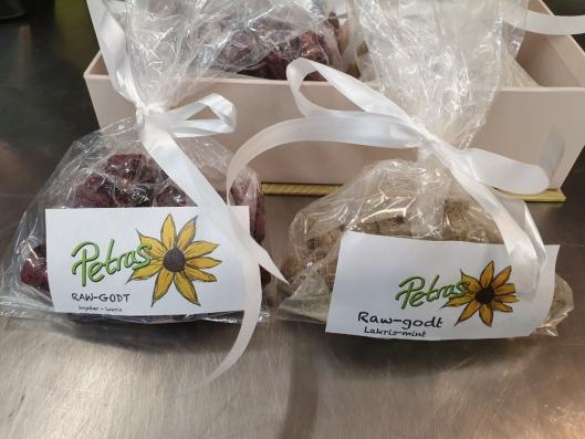 KLART FOR SALG: Slik ser Petras godteri ut når det er klargjort for salg.