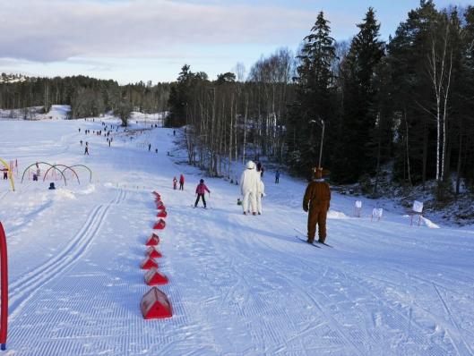 SNØRIKT: I 2016 manglet det ikke snø under Barnas Holmenkolldag.