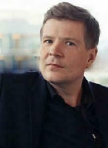 VURDERER: Pressekontakt i Citycon, Daniel Sellevoll, sier de vurderer fra time til time.