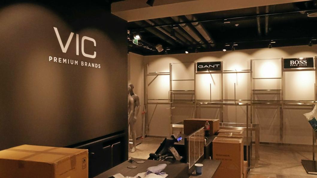TOMT: Dette bildet ble tatt da VIC skulle åpne i 2017. Nå stenger butikken på grunn av korona-pandemien.